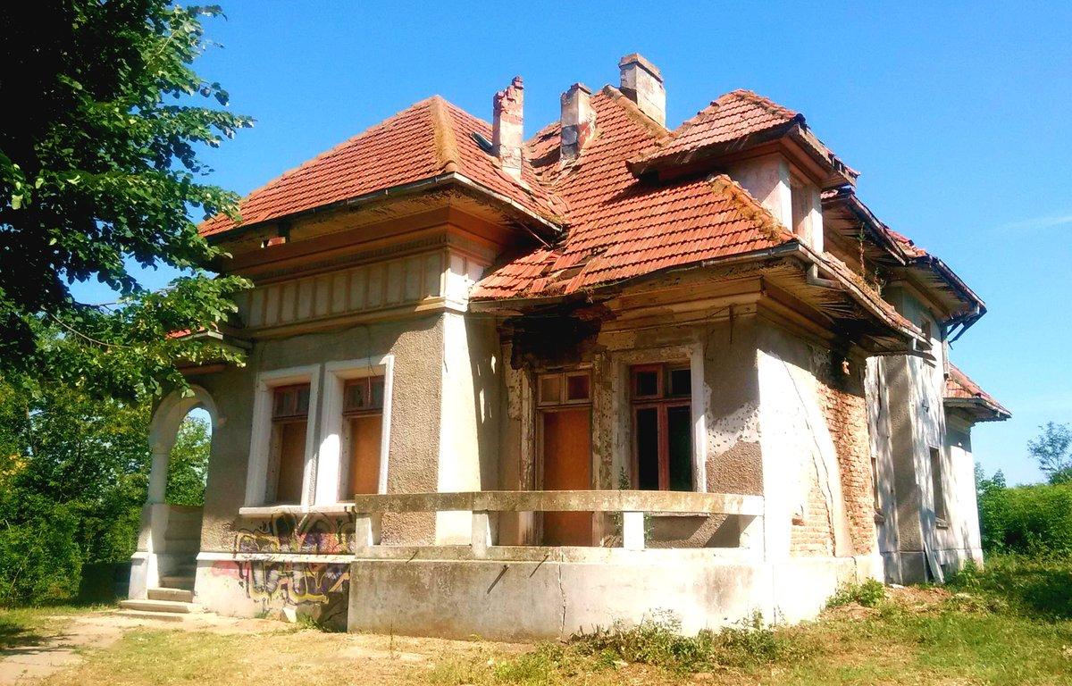 Conacul din Bucsani